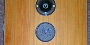 Leaked-images-of-the-alleged-Motorola-Moto-X1