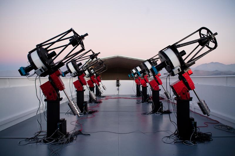 Телескопите MEarth-South | Снимка: Jonathan Irwin