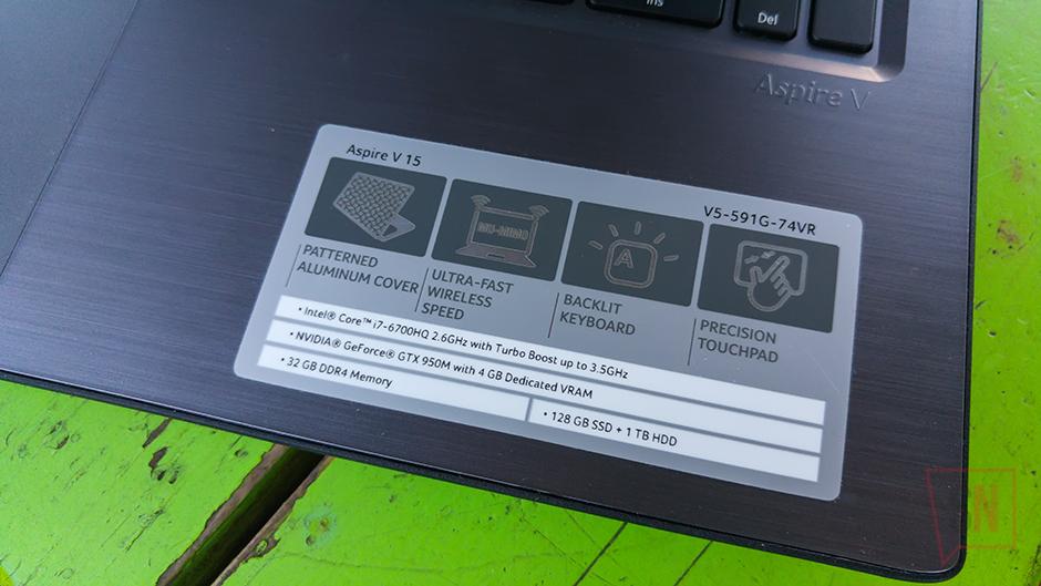 Acer Aspire v15 v5-591 Picture 2