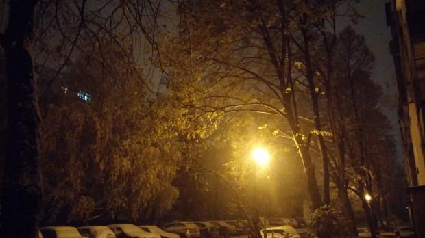 LG G2 at night