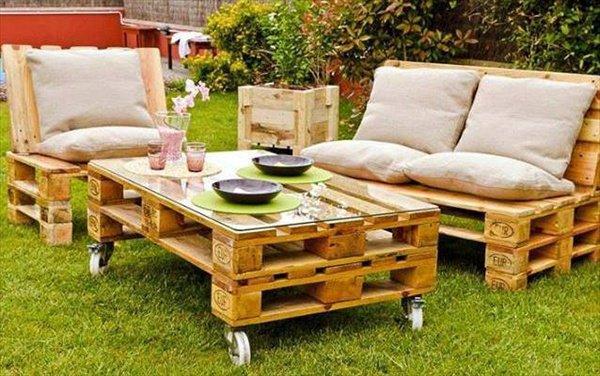 Pallet Furniture Designs 10