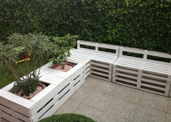 Pallet Furniture Designs 14
