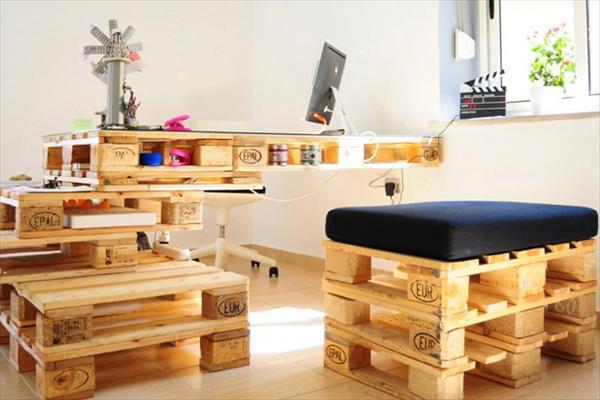 Pallet Furniture Designs 16