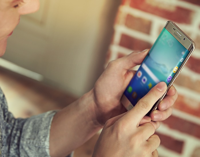 Samsung-Galaxy-S6-edge-official-images-4