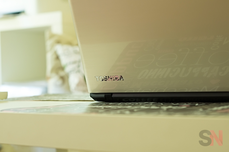 Toshiba Satellite L50 Picture