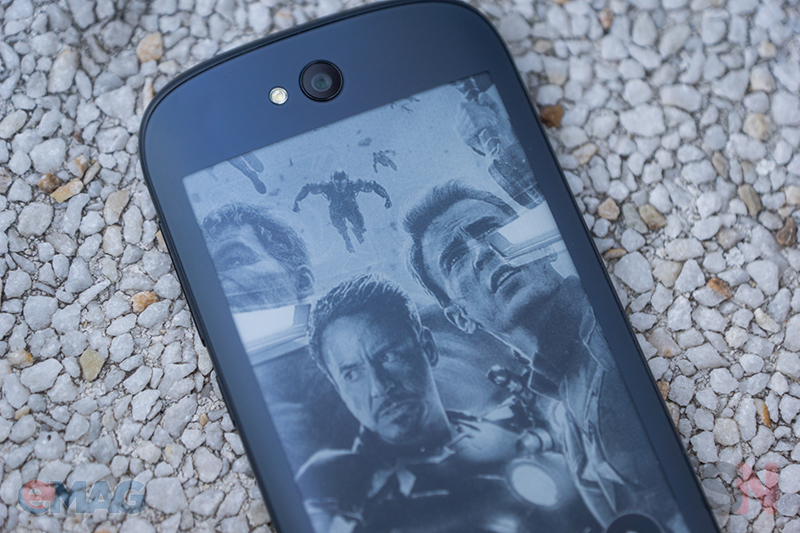 YotaPhone 2 emag 1
