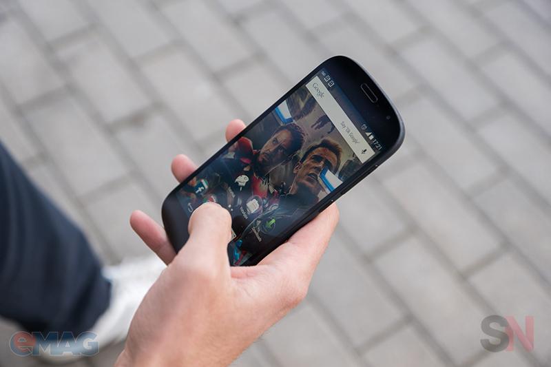 YotaPhone 2 emag